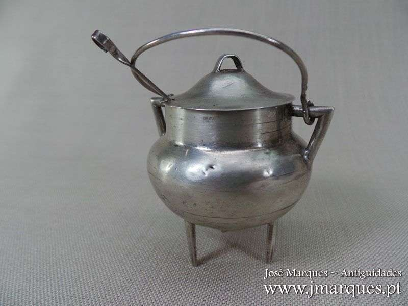 Púcaro em prata Javali
