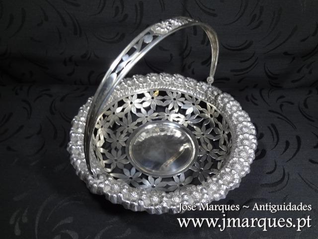 Cesto em prata