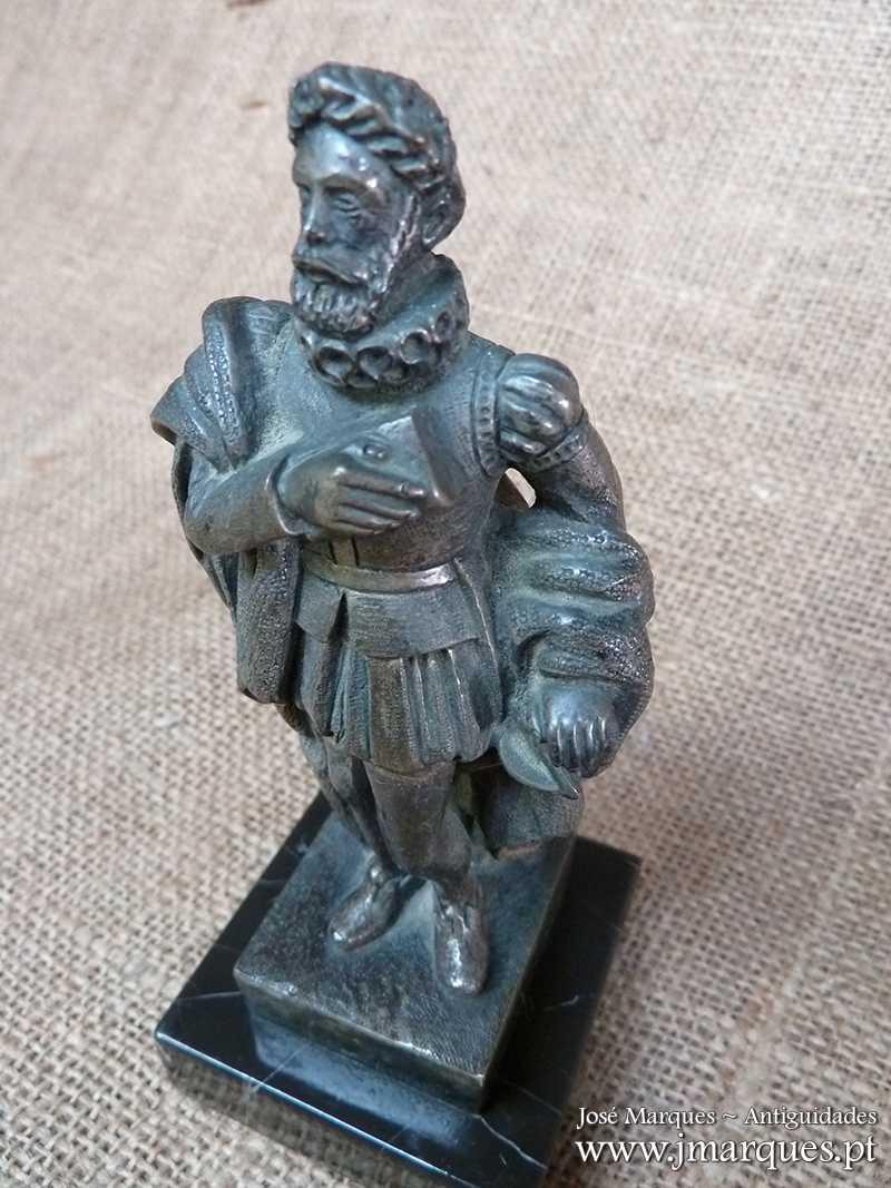 Escultura Luís Vaz de Camões