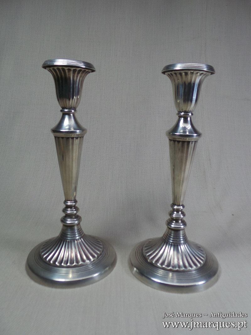 Par castiçais prata