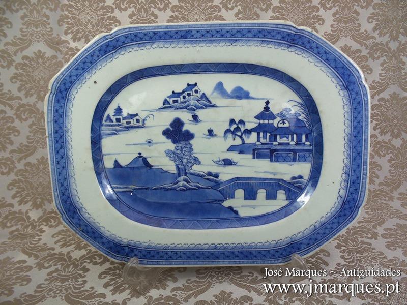Travessa em porcelana da China