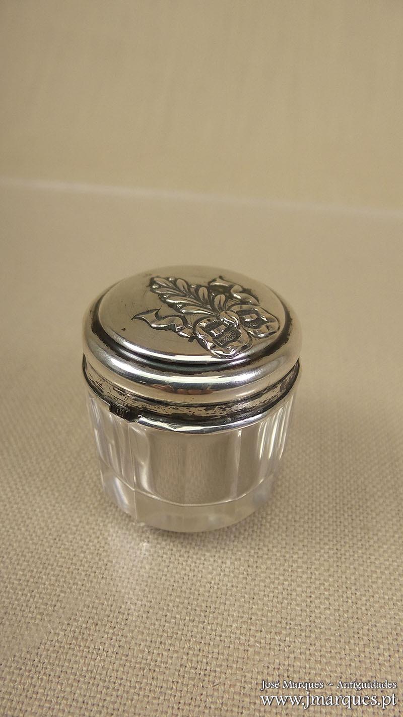 Frasco em prata