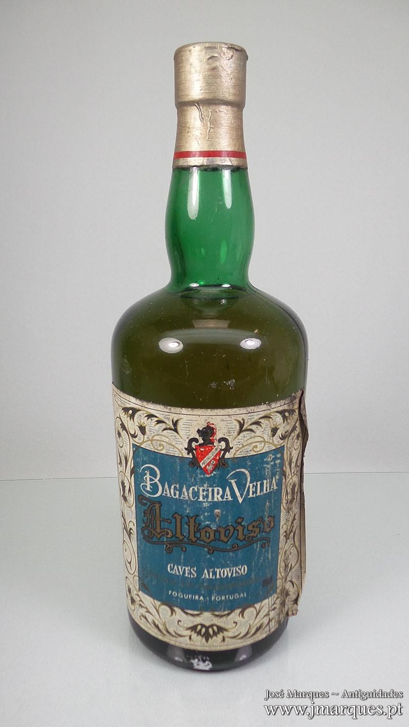Bagaceira velha Altoviso