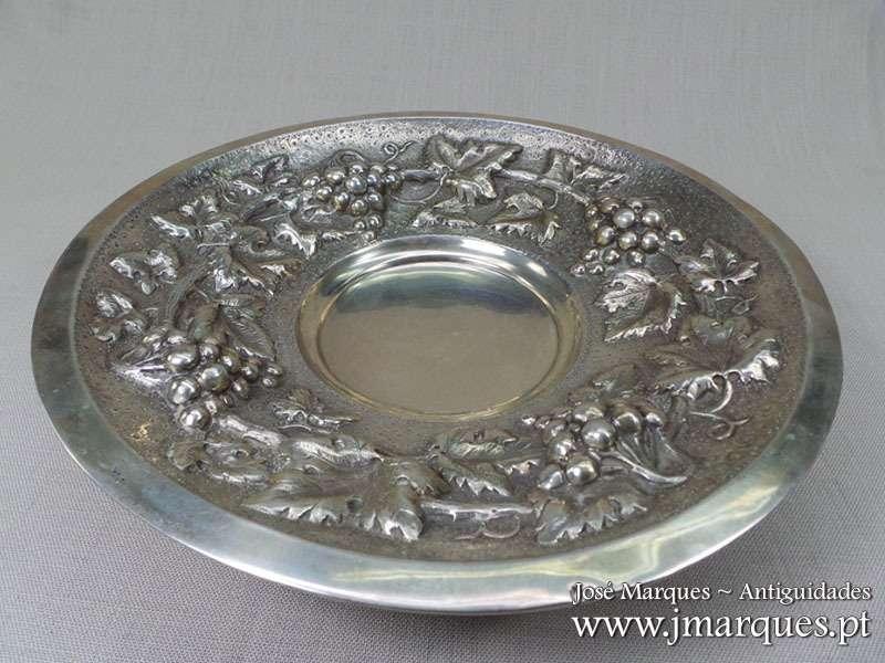 Taça com pé prata