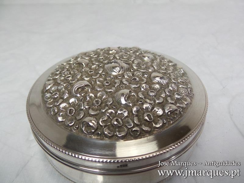 Guarda-jóias prata