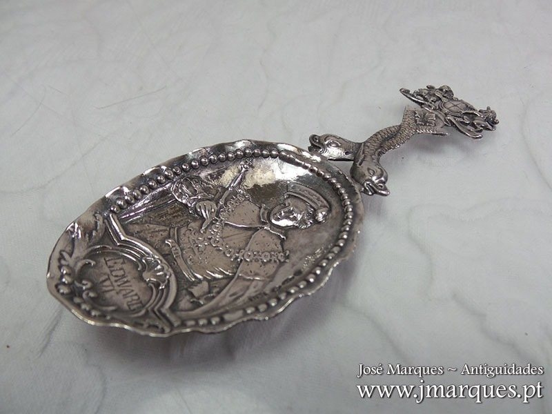 Colher antiga prata
